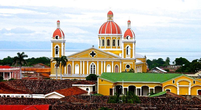 Granada-tweet-foto