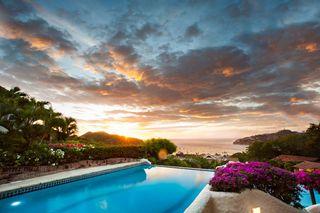 Luxury-resort-nicaragua-pool